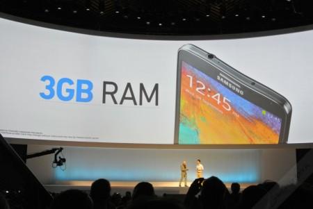 Samsung Galaxy Note 3 - 3GB pamięci RAM [źródło: galaktyczny]