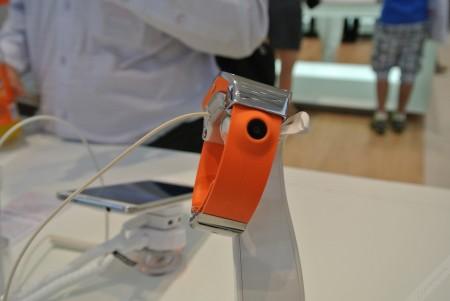 Samsung Galaxy Gear - aparat[źródło: galaktyczny.pl]
