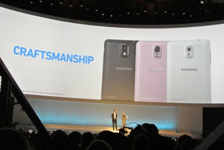 samsung-mobile-unpacked-2013-episode-2-30
