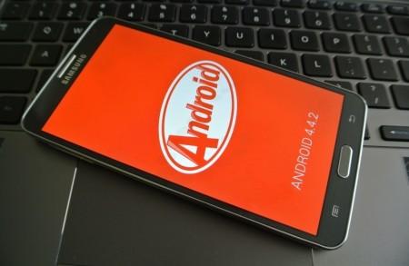 Android 4.4.2 KitKat dla Galaxy Note 3 [źródło: galaktyczny.pl