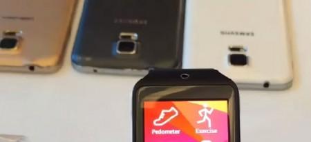Gear 2 Neo, w tle Galaxy S 5 [źródło: Twitter]