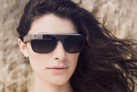 google-glass-partners-with-luxottica