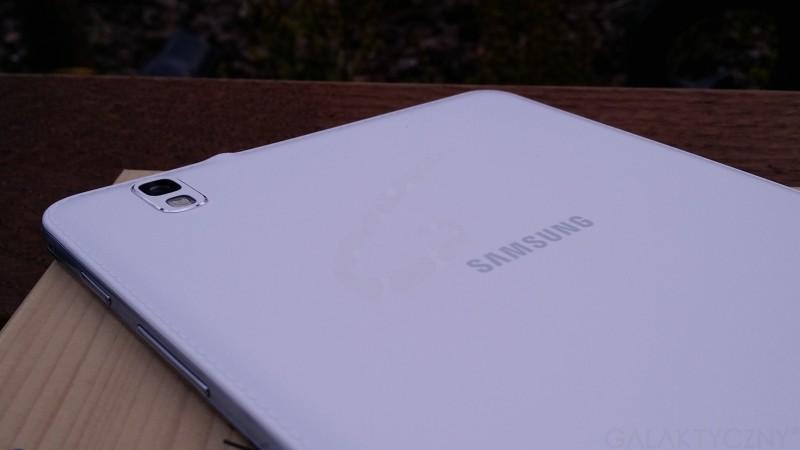 Samsung Galaxy Tab PRO 8.4 - tył / fot. galaktyczny.pl