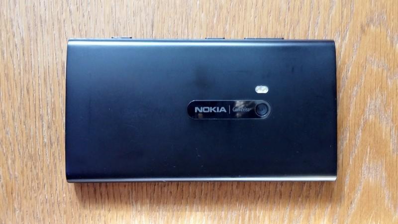 Nokia Lumia 920 - tył