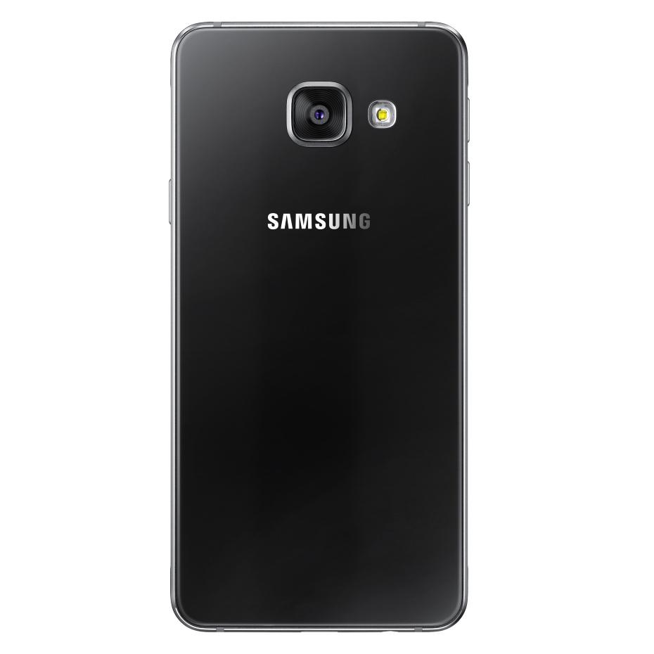 Samsung Galaxy A3 (2016) - tył / fot. Samsung