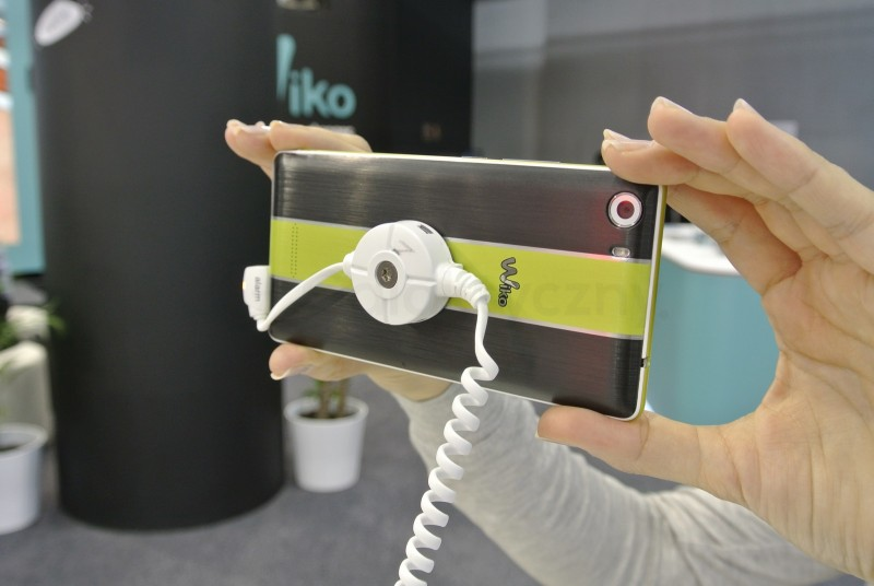 wiko-fever-mwc-2016-03