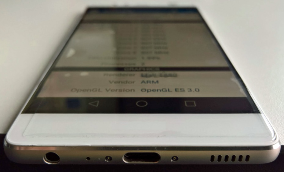 Huawei P9 - USB type C / fot. venturebeat