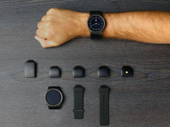 Smartwatch Blocks i moduły / fot. liliputing