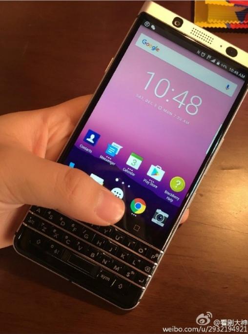 Blackberry Mercury / fot. Weibo