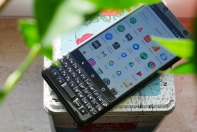 blackberry-keyone-box
