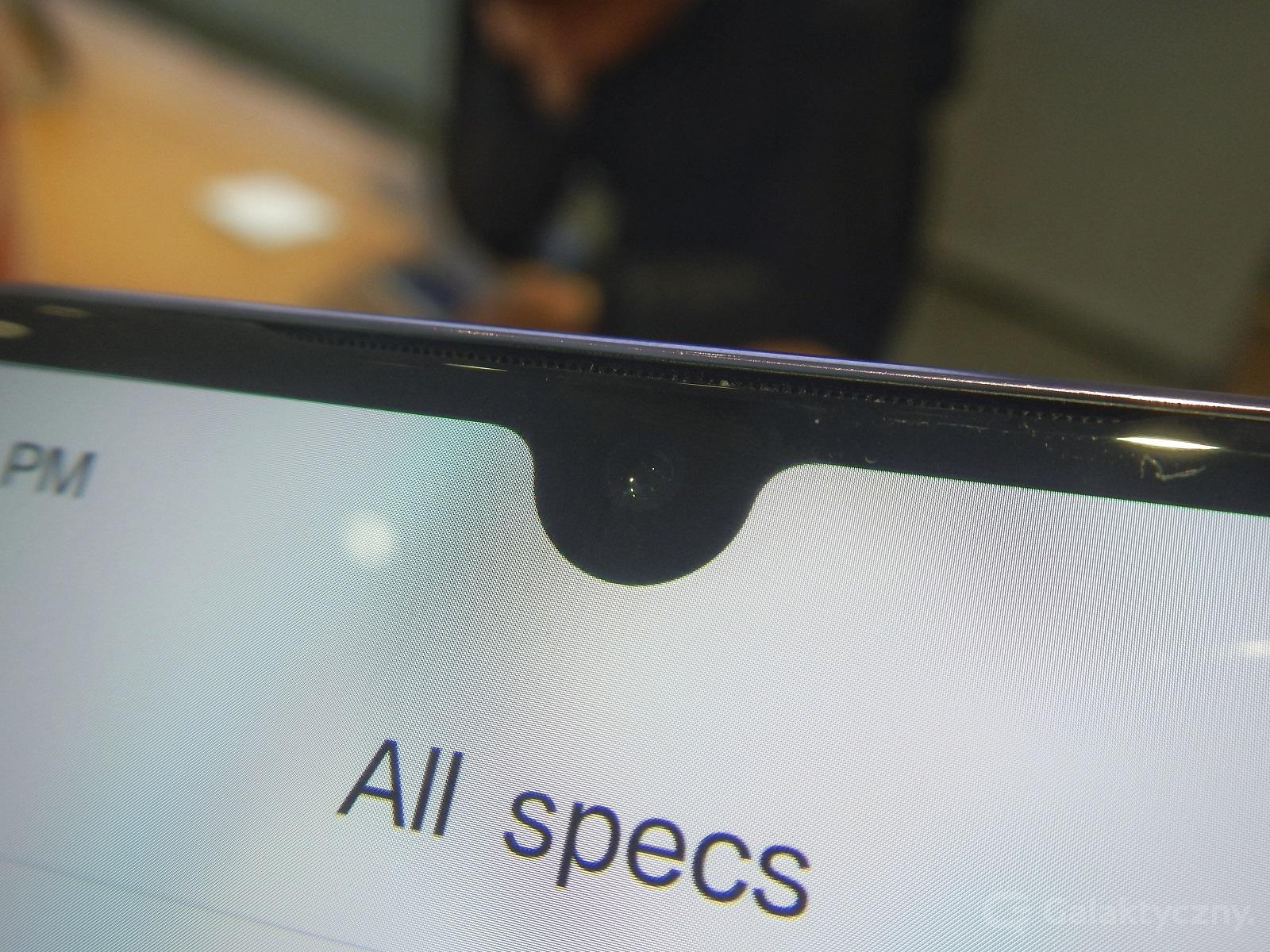 Xiaomi Mi 9 - notch
