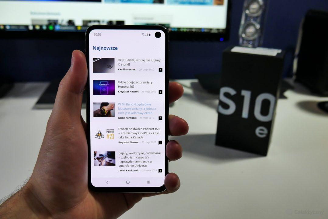 Ekran w Samsungu Galaxy S10e